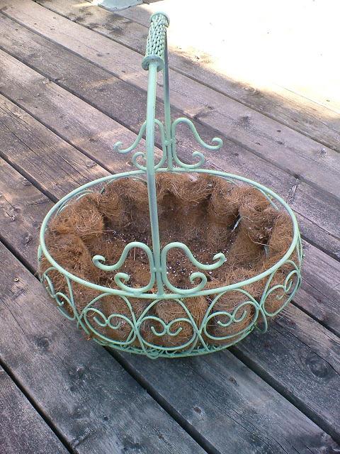 Garden Planter Makeover