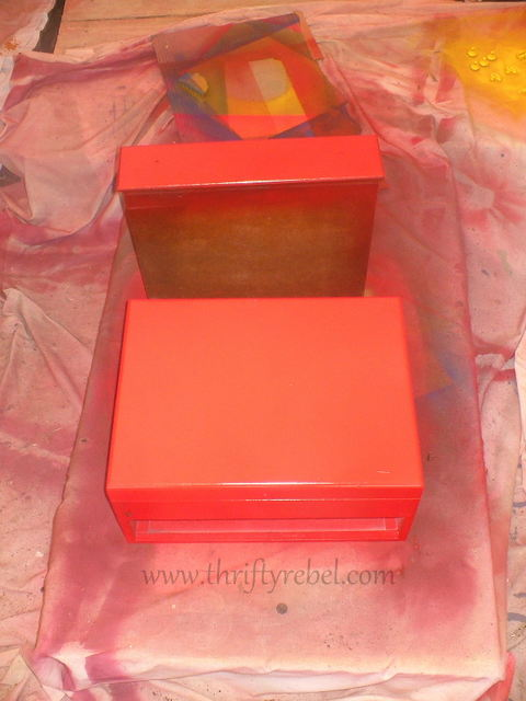 spray painting wooden cutlery chest red