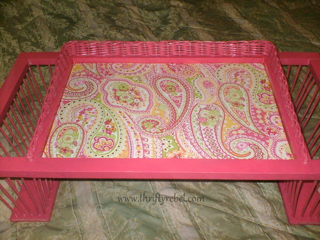 bed-tray-with-magazine-holder-makeover