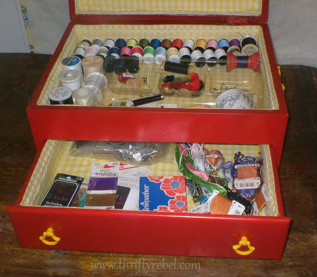 Turn an old cutlery chest into a sewing box