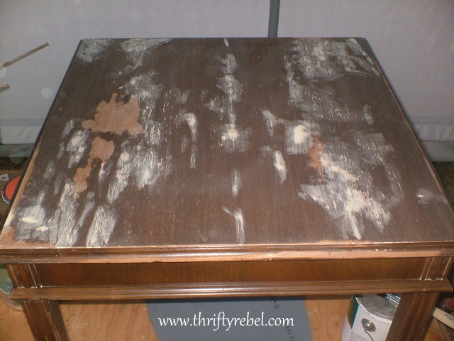 table-makeover-with-chalkboard-paint