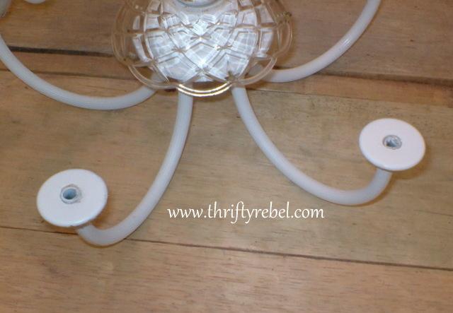 old-chandelier-makeover-into-garden-candelier