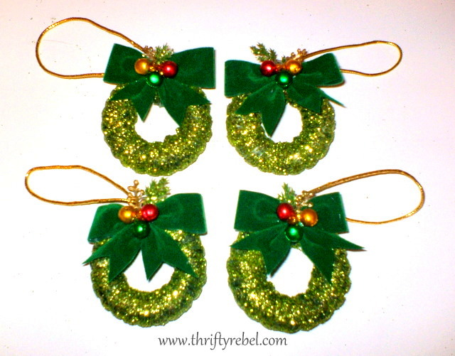 Curtain Ring Wreath Ornaments Amp Winter Holiday Link Party