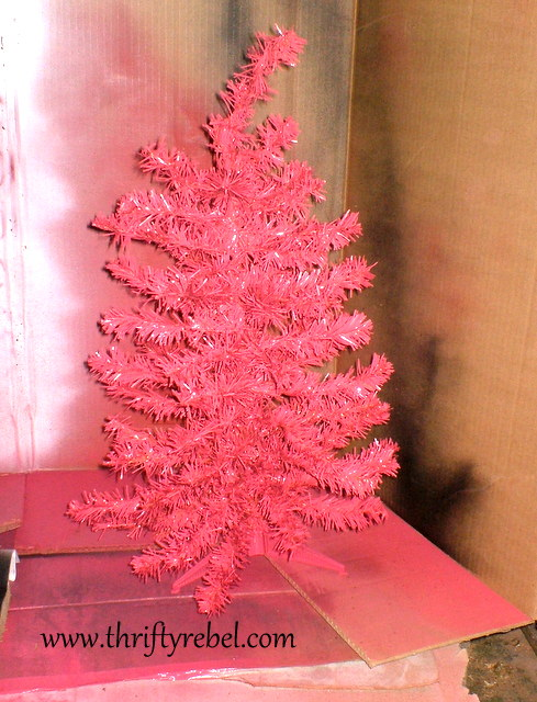 pray for peace pink christmas tree thrifty rebel vintage. Black Bedroom Furniture Sets. Home Design Ideas