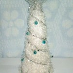 How to Make a Scarf Christmas Tree