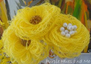 burlap-fringed-flowers