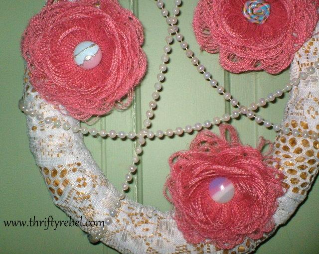 burlap-fringed-flower-wreath