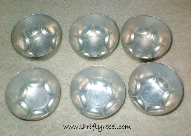 Tart Tin and Jello Mold Christmas Ornaments