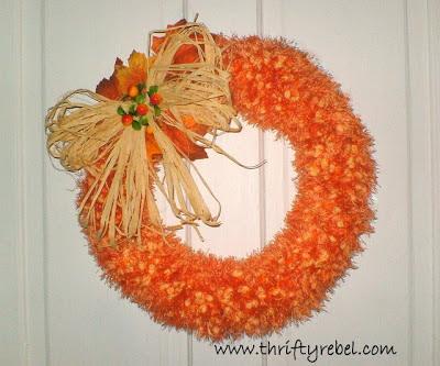 faux-pumpkin-seed-fall-wreath