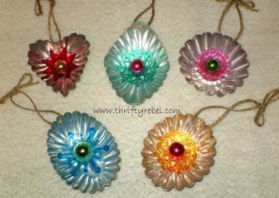 jello-mold-tart-tin-ornaments