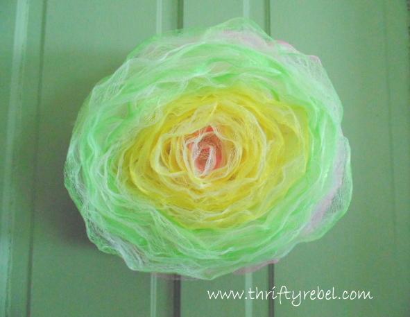 How to Make Bath Pouf Rose Wreath