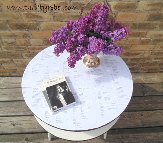 How to Decoupage a Night Table