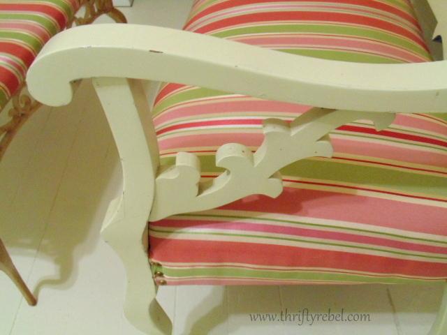 Settee and Ottomon Set @ www.thriftyrebel.com