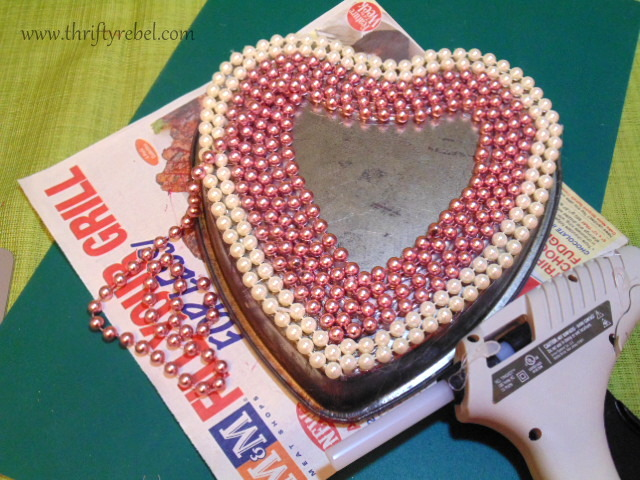 Heart Baking Pan Wreath