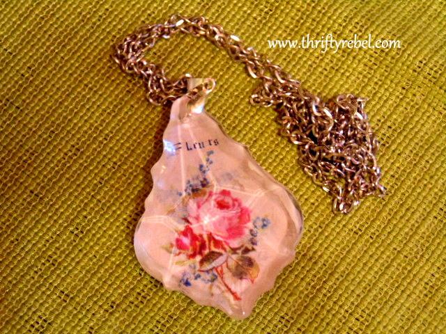 Decoupgaed Candelier Crystal Pendant