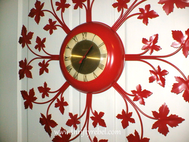 red-hot-vintage-wall-clock-makeover