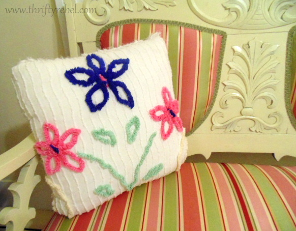 DIY-chenille-pillow=