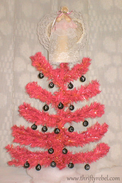 pray-for-peace-pink-Christmas-tree