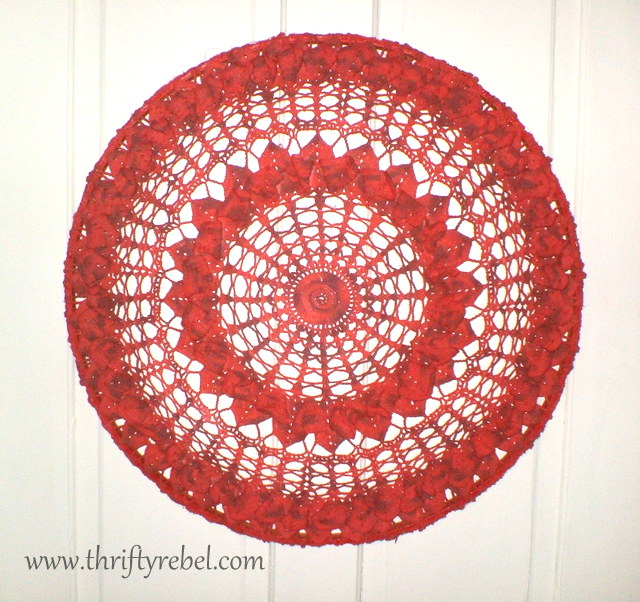 painted-doily-wall-art
