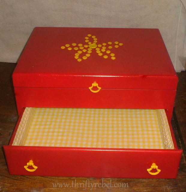 turn-cutlery-chest-into-sewing-box