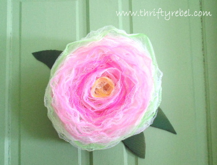 bath-pouf-rose-wreath