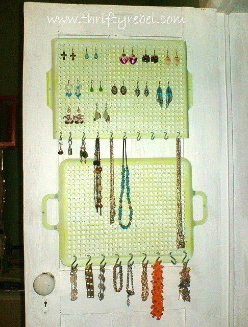 Old-Cooking-Grill-Jewelry-Organizers