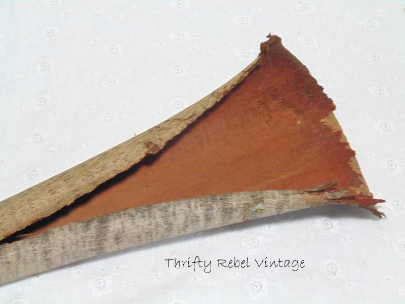 natural bark wall pocket