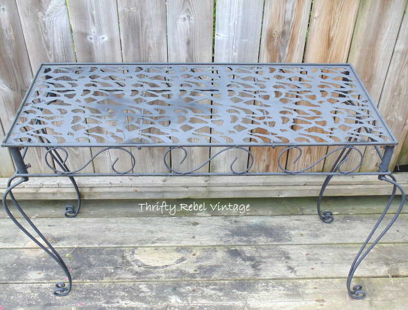 Metal Garden Table Makeover