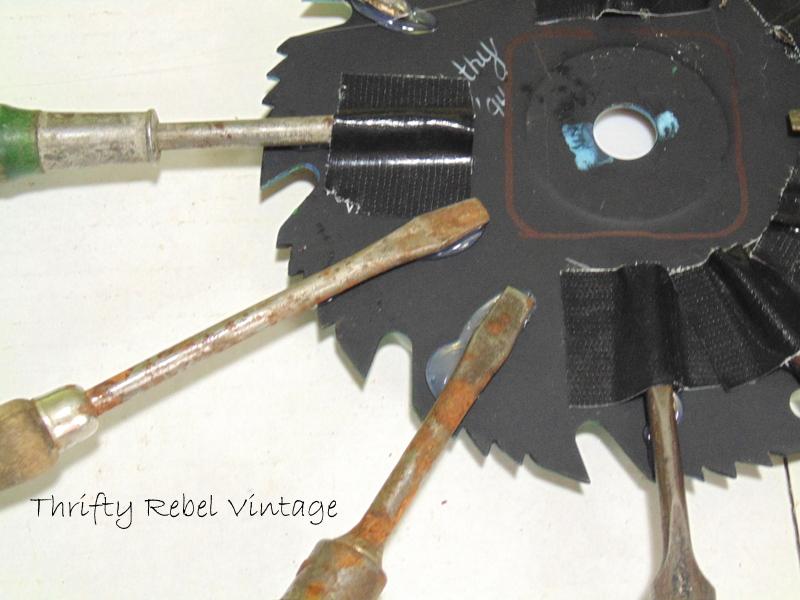circular saw blade clock