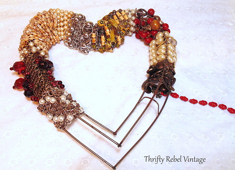 Necklace Heart Wreath