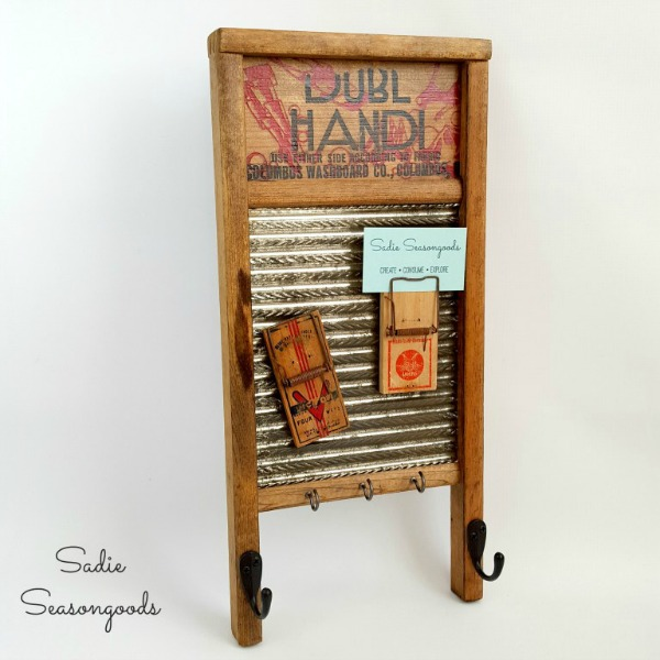 Creating_a_farmhouse_message_reminder_center_with_repurposed_vintage_washboard_and_mousetraps_by_Sadie_Seasongoods