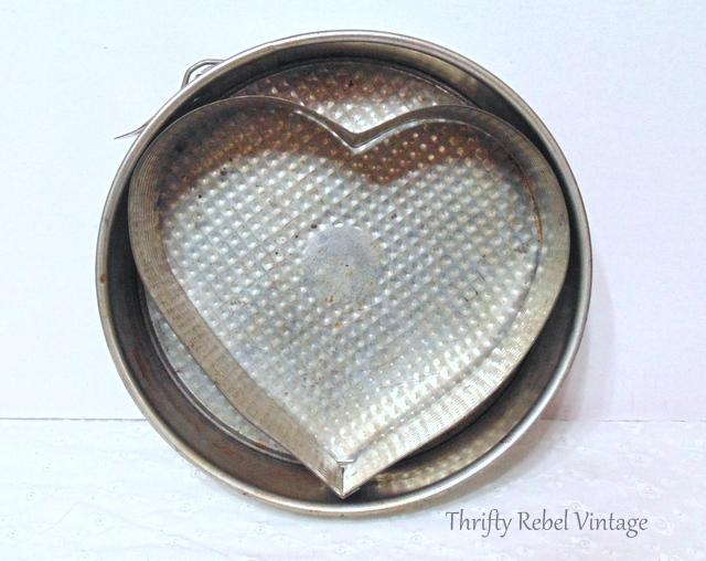 vintage heart baking pan