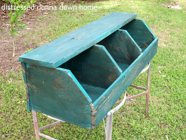 Distressed Donna Down Home's Nesting Box Diana's #26 feature