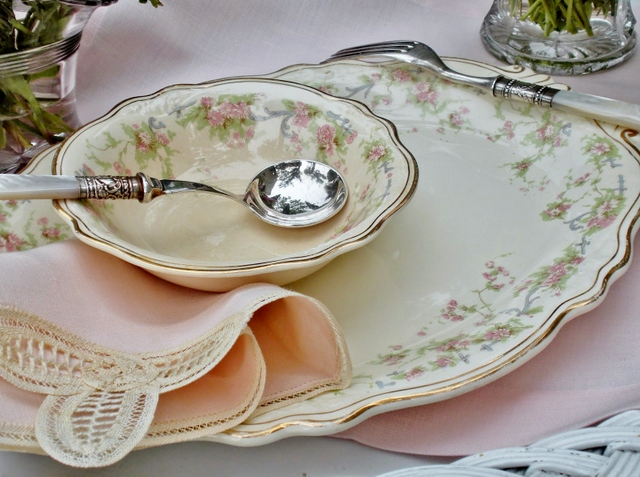 Vintage Dishes from Hyacinth for the Soul Diana's #31