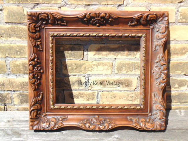 vintage 1970s plastic resin ornate picture frame