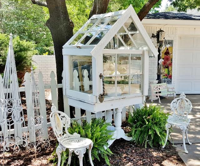 Penny's Vintage Home Terrarium Diana's #36