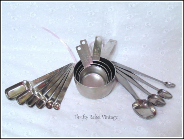 Foley stainless steel measuring cups and spoons