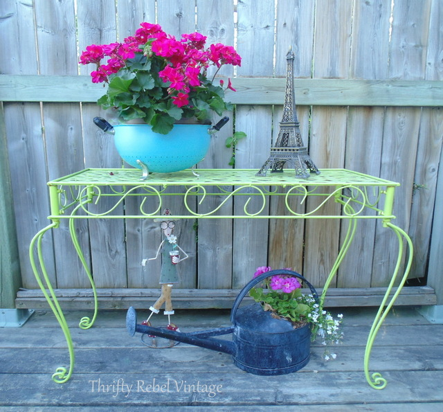 vintage metal strainer makeover into planter