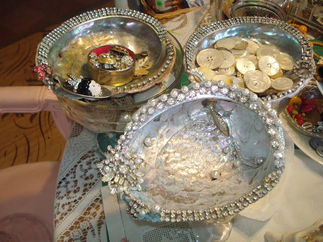 seashell with rhinestones
