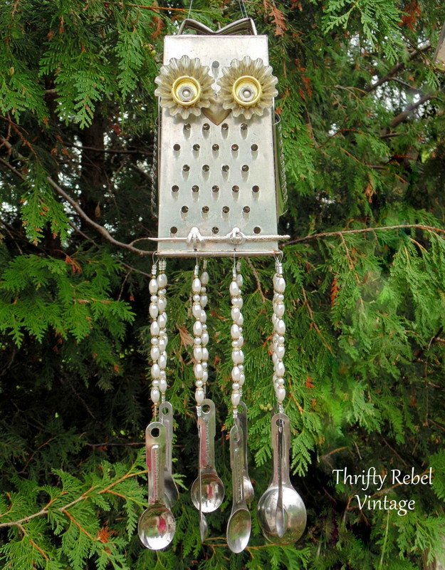 golden eyes grater owl wind chime with measuring spoons