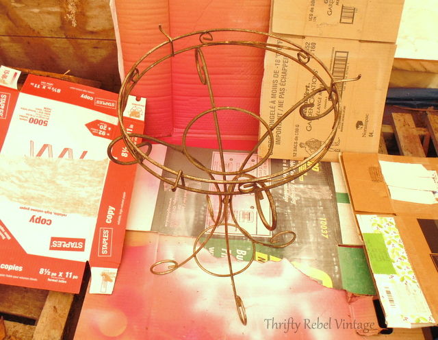 spray painted metal table makeover