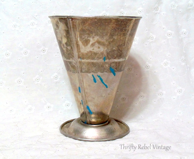 vintage aluminum dry measuring cup
