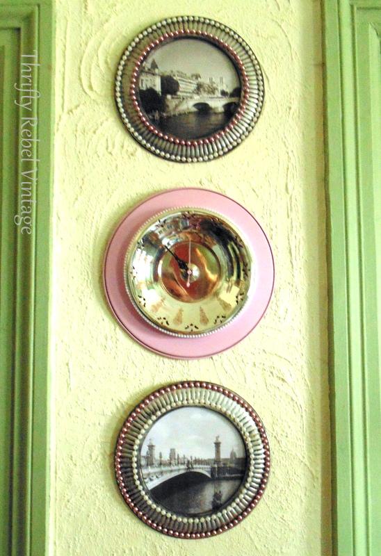 vintage silver tray clock / www.thriftyrebelvintage.com