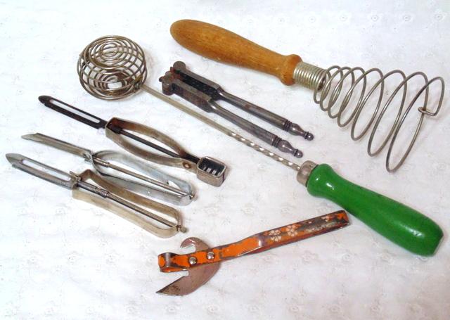 vintage-kitchen-gadgets