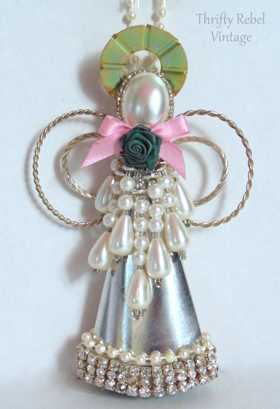 cream-horn-angel-ornament-91
