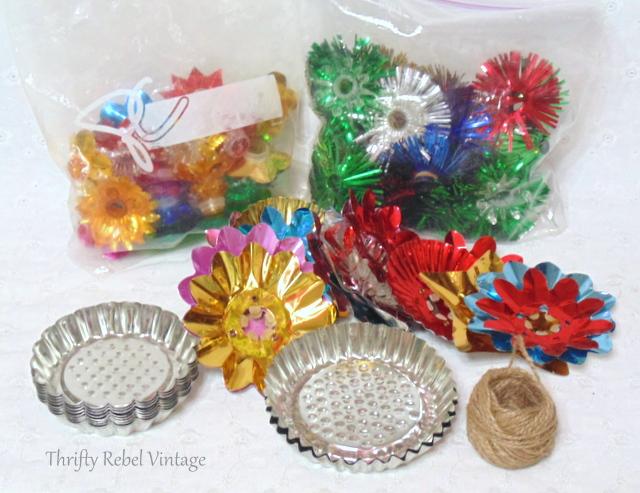 repurposed tart tin Christmas ornaments