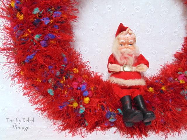 Easy Repurposed Scarf Christmas Wreath