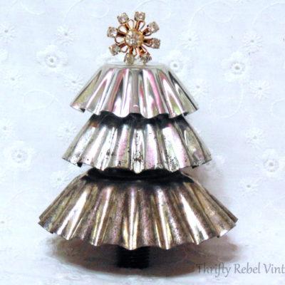 Repurposed Christmas Tart Tin Tree