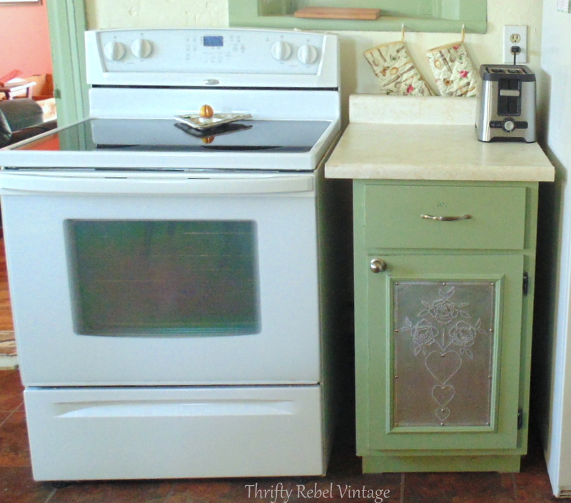 Green Paint For Kitchen 2017: Painting Kitchen Cupboards Happy