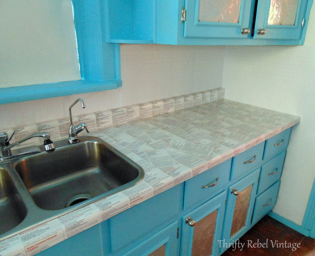 ounter and kitchen backsplash makeover